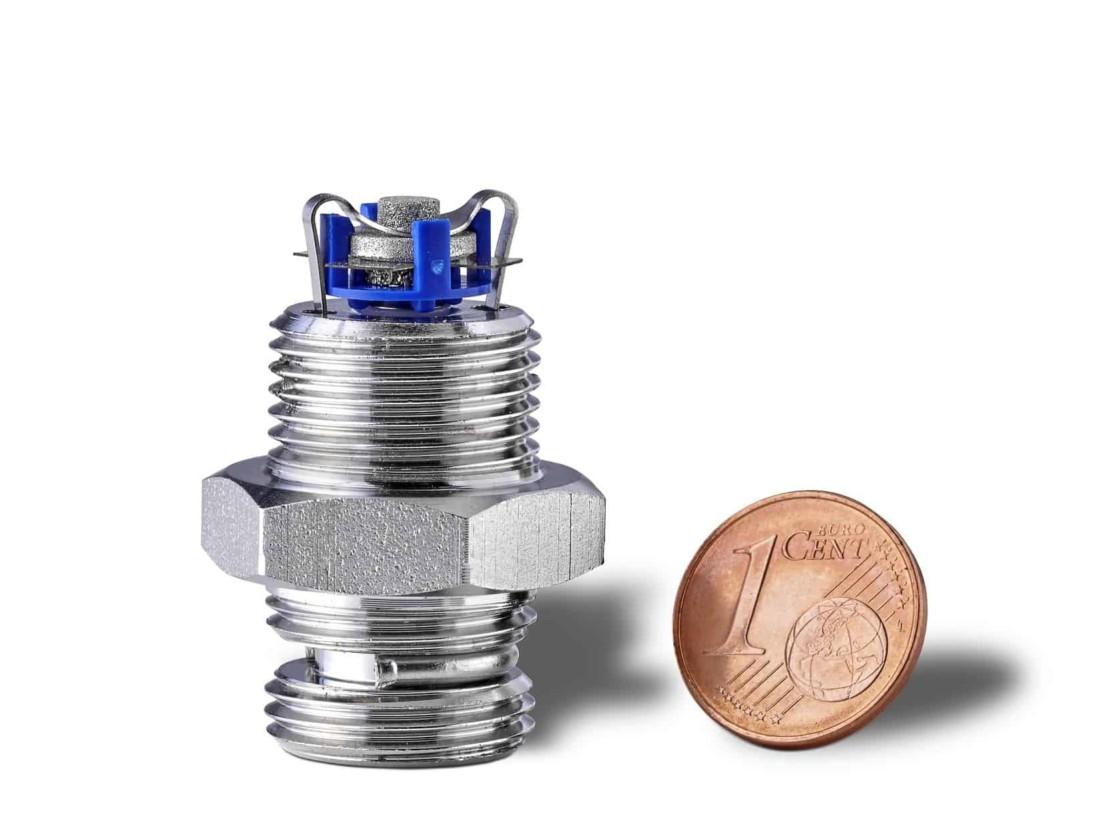 Ozon Microzelle – Elektrode im Größenvergleich